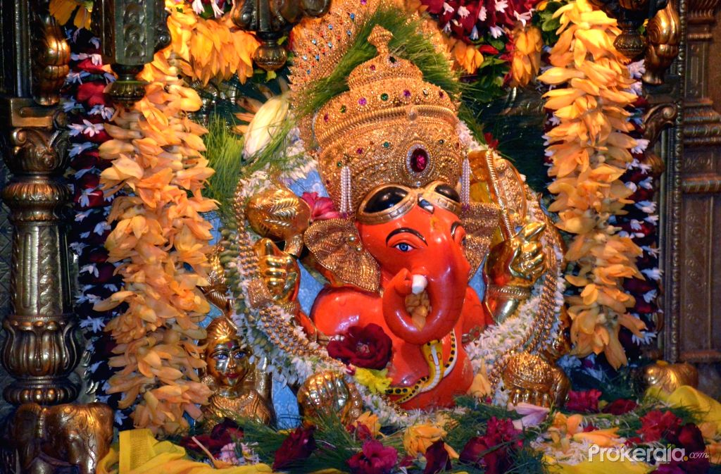 lord-ganesha-s-statue-at-siddhivinayak-temple-on-717284